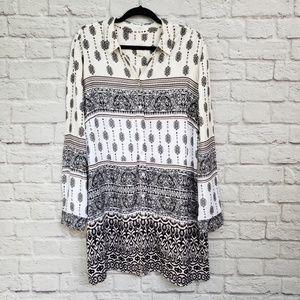 Chico's Black White & Tan Multi Print Tunic Top